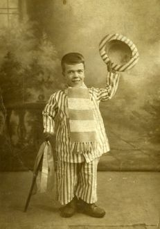 Little herbert sheffield wednesday football club mascot c